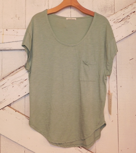 Fresh Laundry Pocket Tee in Green