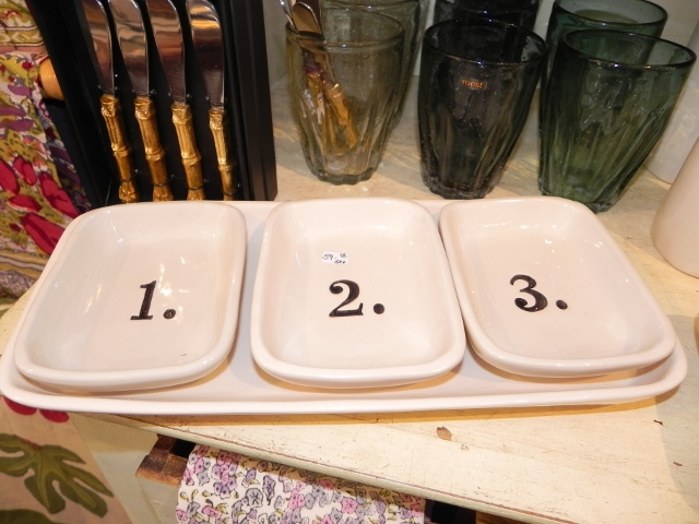 Magenta Numbered Dishes
