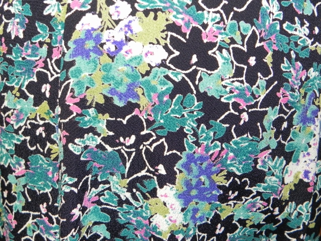 Loco Lindo Blue and Black Floral Print