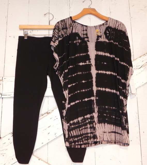 Lily Lotus Black Legging and Black and Gray TieDye Dolman Short Sleeve Top